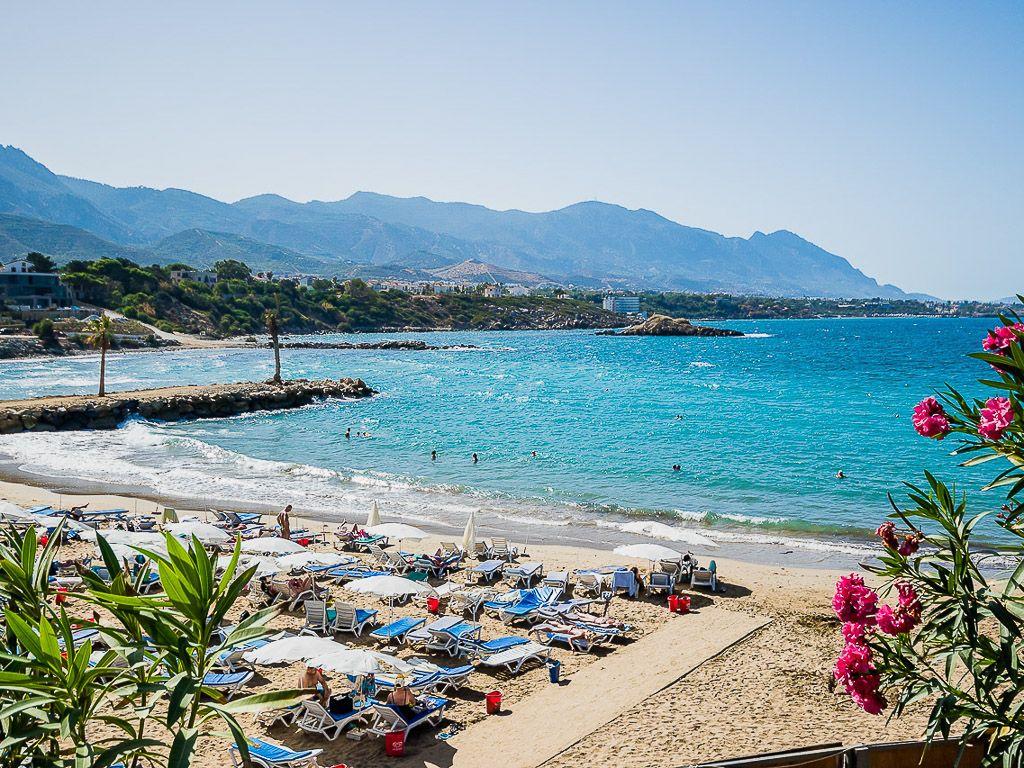 Цены на жарком Северном Кипре «перегреваются» из-за русских