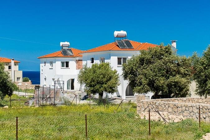 Вилла за криптовалюту Умм аль-Кувейн Галила за сколько можно купить квартиру в болгарии